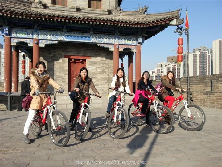 Bycicle riding on Xian Ancient Wall