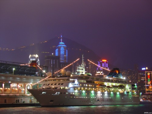 Hong Kong_night cruise .jpg