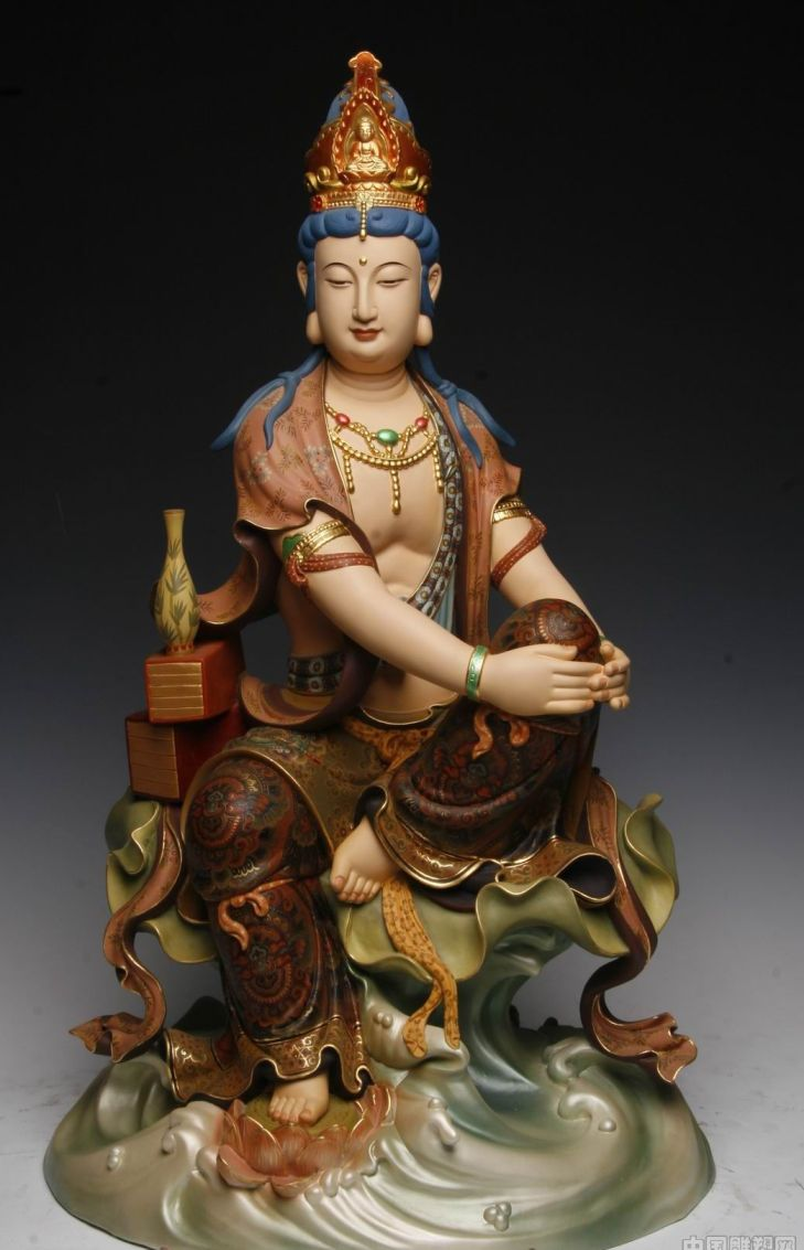 Jilin Handmade Painted Wood Carving .jpg