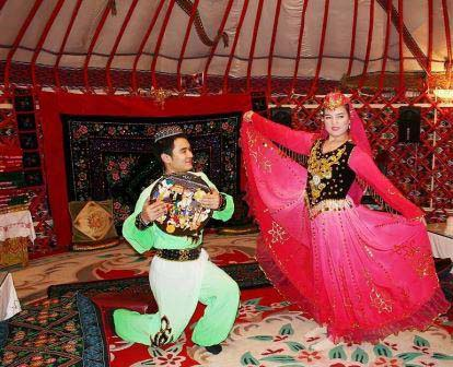 Uyghur dance and singing.jpg