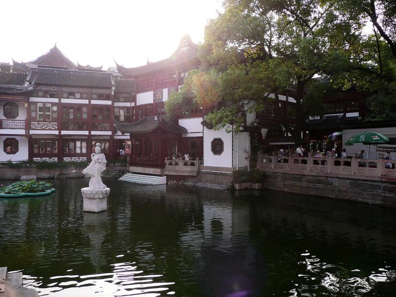 Yuyuan-Garden-02.jpg