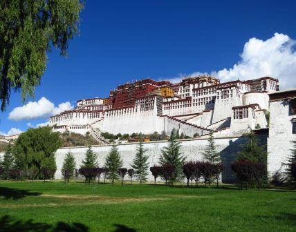 potala palace.jpg