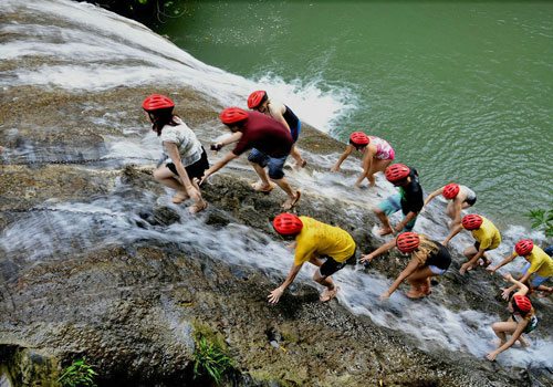 Upstream of the waterfalls is the fun in Gudong